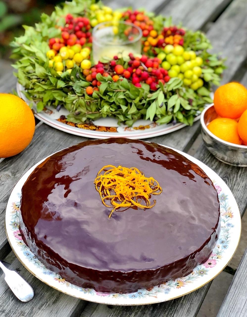 Socni kolac od pomorandze i badema.jpg
