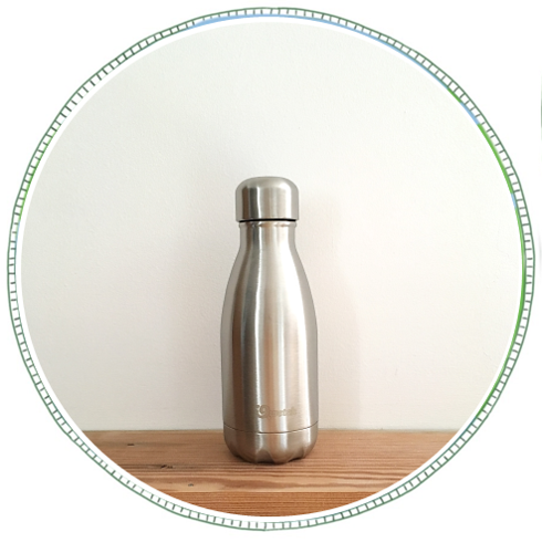 - £16From brand Qwetch. Made from 18/8 Stainless Steel. Isothermal double wall bottle, keeping drinks cool for 24hrs or hot for 12hrs.260ml small size, great for fitting in bag.Remove the need for plastic water bottles and refill.