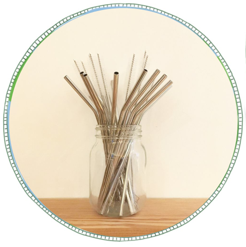 - £2 straw £1 straw cleanerA reusable straw made from stainless steel. Remove the need for single-use straws either at home or on the go. A handy straw cleaner useful if straw is used with fruit juices or smoothies.