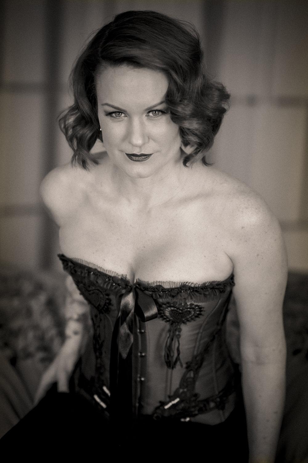 Marta-Hewson-Kim-Murkovich-boudoir-corset-black-and-white.jpg