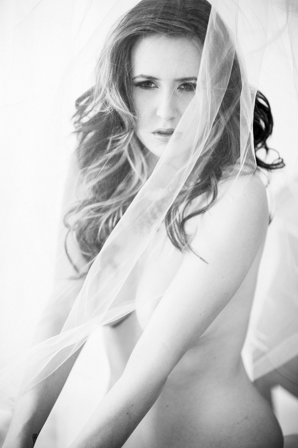 Marta-Hewson-Kristina-Jovanovic-boudoir-nude-figure-veil.jpg