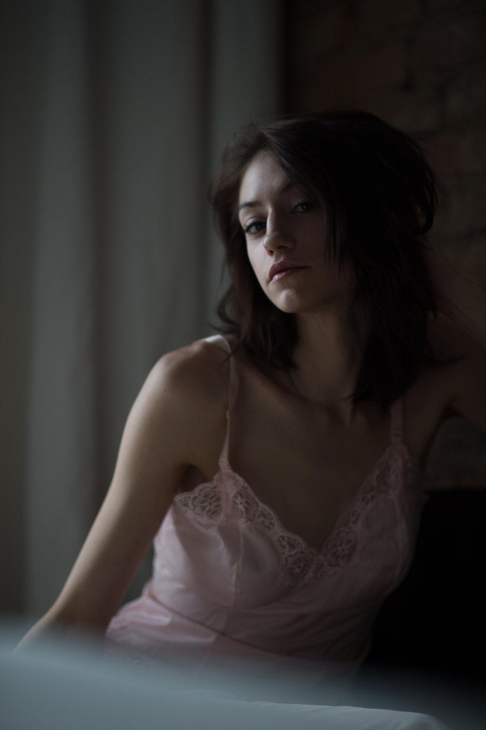 Marta-Hewson-Maggie-Mae-Taylor-boudoir-pink-neglegee.JPG
