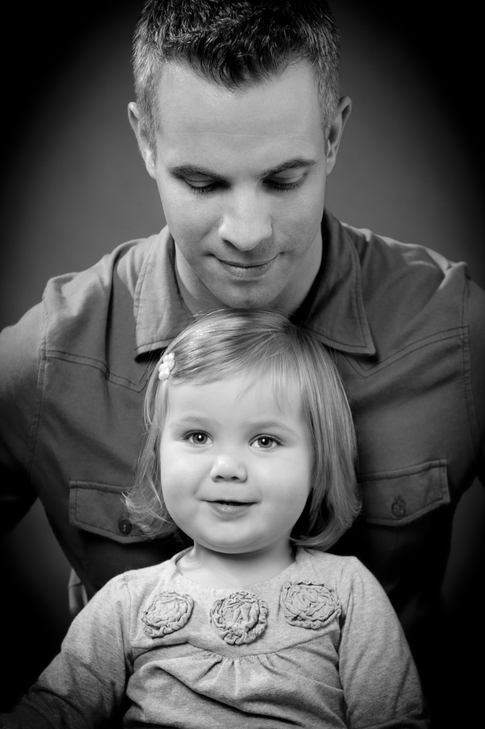 Marta-Hewson-Classical-portrait-father-and-daughter-smile.jpg