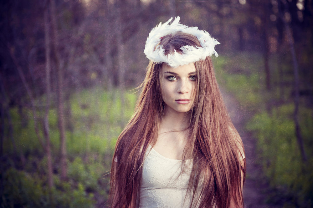 Marta-Hewson-Themed-portrait-angel-in-the-forest.jpg
