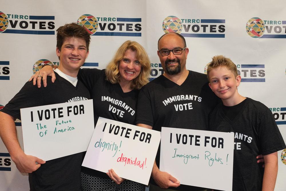 TIRRCVotes-PhotoBooth-5.jpg