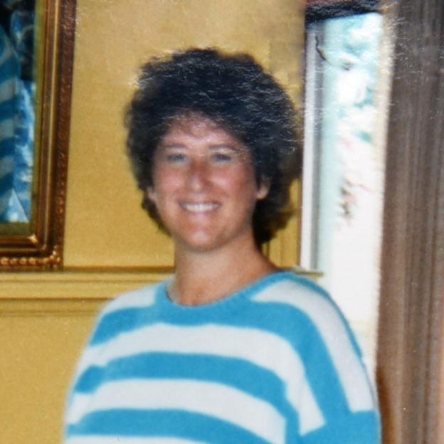 Debbie Davis .jpg