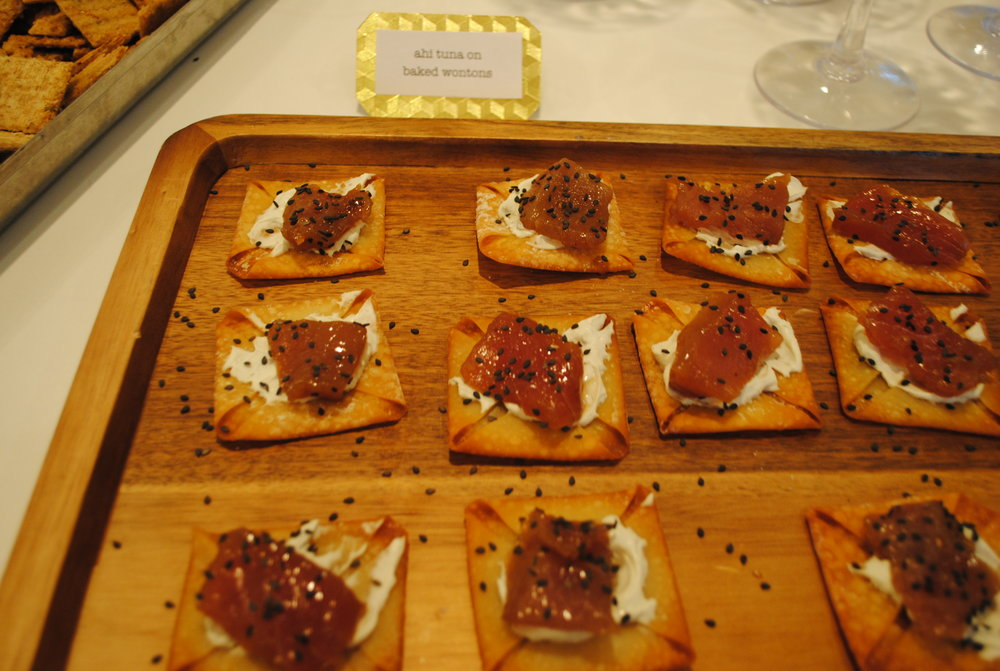 ahi tuna on baked wontons.JPG