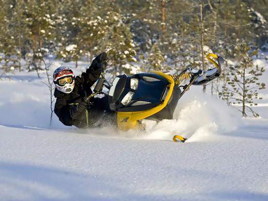 Snowmobile-e1390691255548.jpg