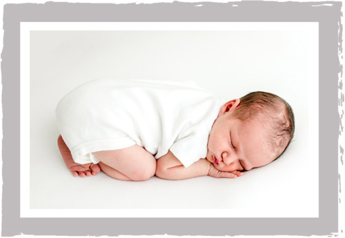 Chicago_Glenview_Newborn_Photographer_Studio.jpg