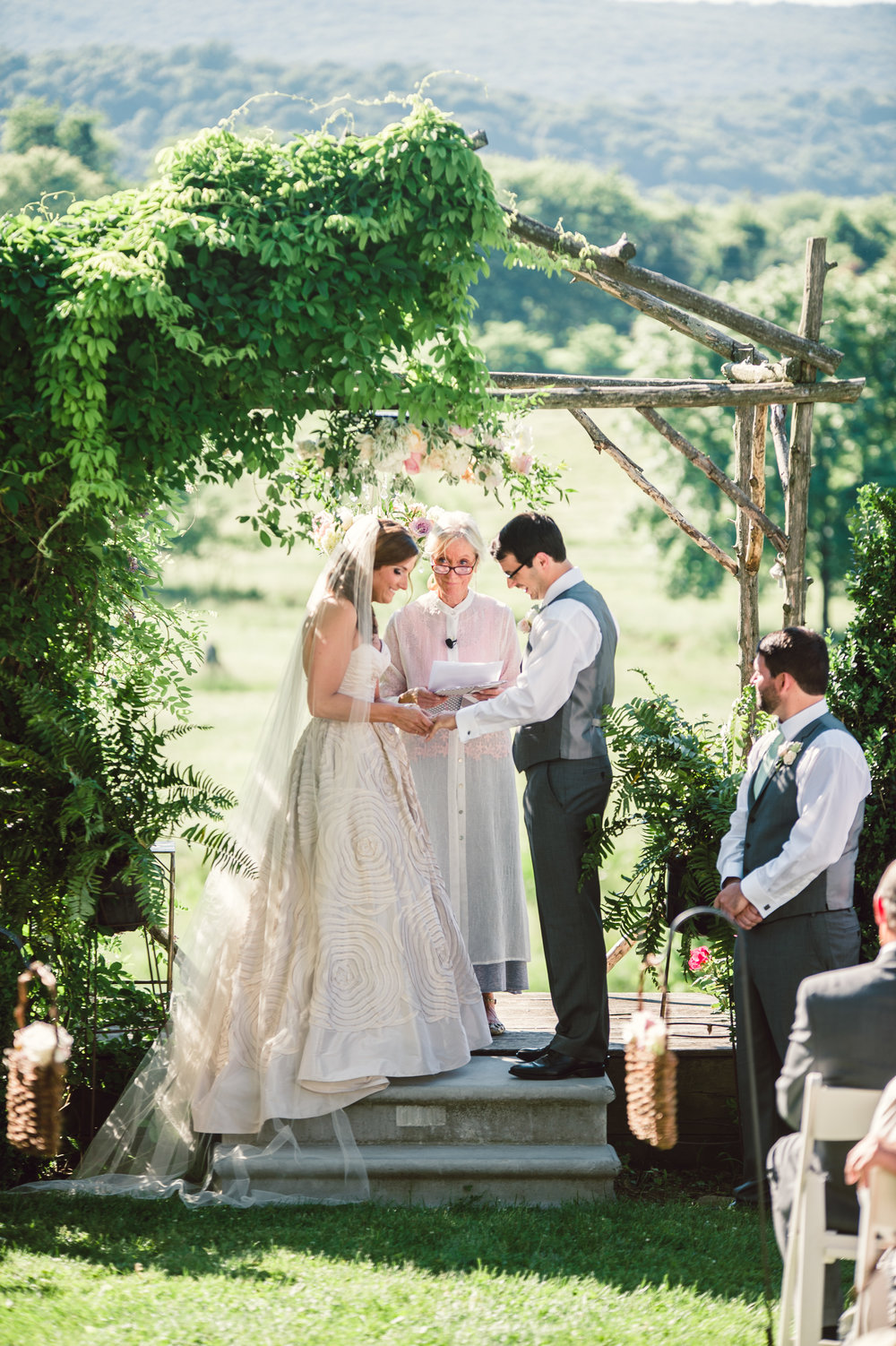 Silverbrook-Farm-Weddings-Virginia-27.jpg