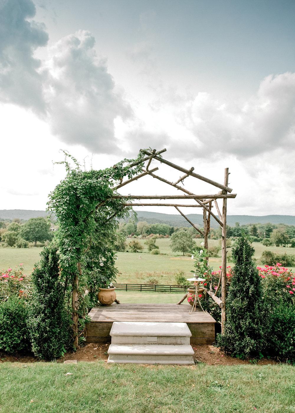 Silverbrook-Farm-Weddings-Virginia-9.jpg