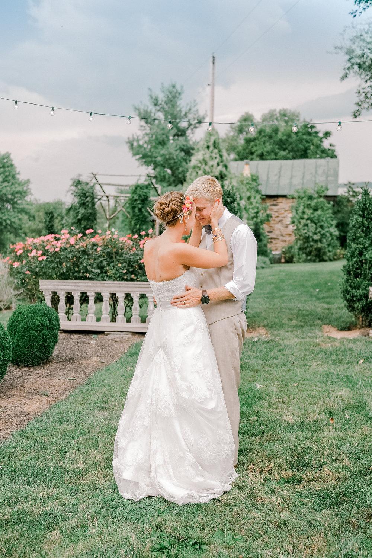 Silverbrook-Farm-Weddings-Virginia-41.jpg