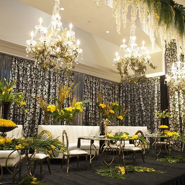 Elegant Backdrop With Chandeliers!  #wedding #weddingingday #backdrops #backdrop #chandelier #roomdraping