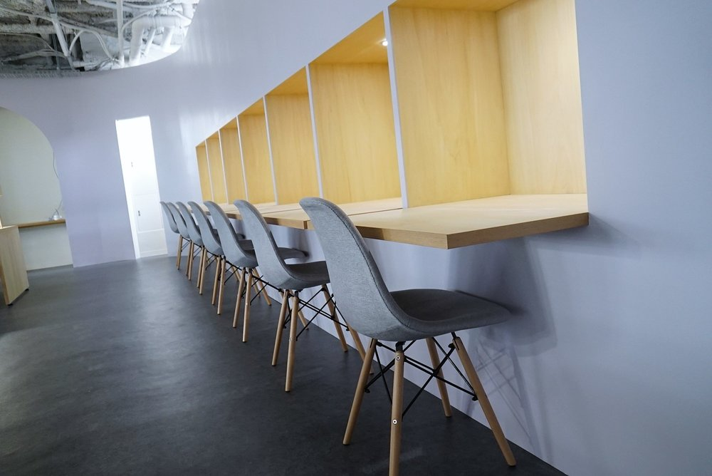 Dedicated Desks ¥25,000 /Month* - This is your own fixed desk within the collaborative work space. Includes meeting room usage and lounge usage.*price per person