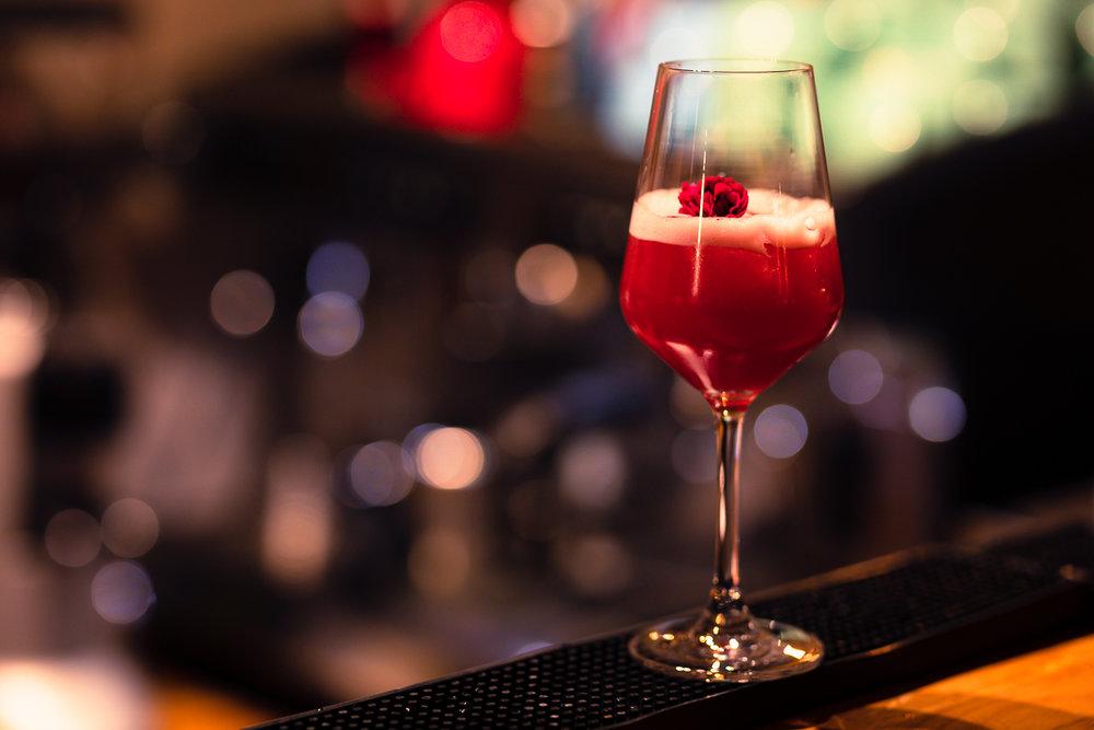 Drinkar - Precis som vanliga drinkar, fast på vårt sätt. Vi vill att du även genom din drink ska få den där härliga känslan av skog & natur.