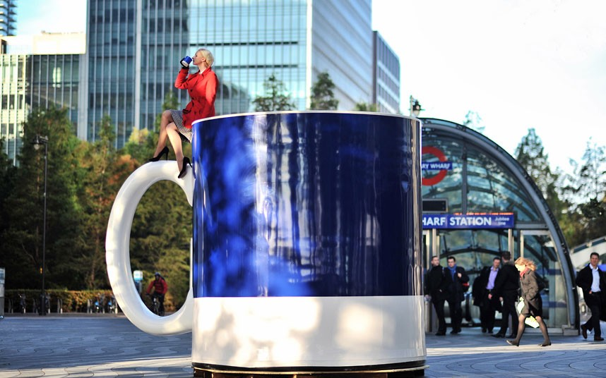 delonghi world's largest coffee cup 03