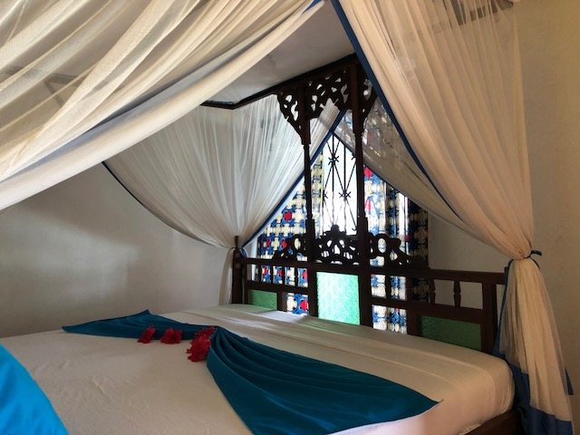Authentic & traditional 4 poster Zanzibari bed.
