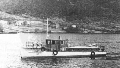 M/B Trio – Den fyrste båten i reiarlaget - I 1971 så skipa Per Strand Vold, Per Vold Rederi som eit enkeltmannsføretak. Per skipa selskapet og tok over båten M/B Trio etter onkelen sin. Trio fungerte godt i fleire år, men det var ein gamal båt. I ein alder av 23 år så kontraherte Per sitt fyrste nybygg. Dette var båten «Tinganes» som vart bygd hos Brødrene Aa i Hyen. Drifta dreia seg om skyss av passasjerar i øyene i Gulen, samt skyss av doktor, vetrinær, prest, osv. Oppdragsmengda auka, og nye farty blei kjøpt inn. Selskapet har hatt totalt 3 farty av typen Westcraft 37. Dette er velkjende rutebåtar i dei fleste øysamfunn langs Kysten. Fartya heitte «Åshild», «Askepott» og «Rødhette».