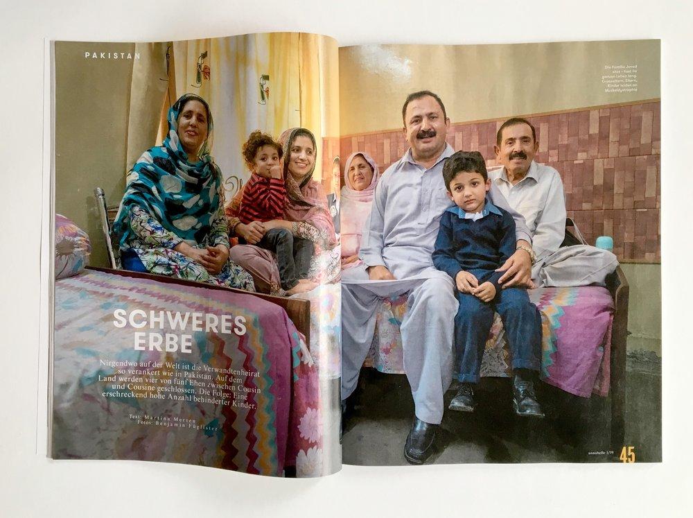 Die Familie aved sitzt – fast ihr ganzes Leben lang. Grosseltern, Eltern, Kinder leiden an Muskeldystrophie. ( Annabelle,  1/2019)