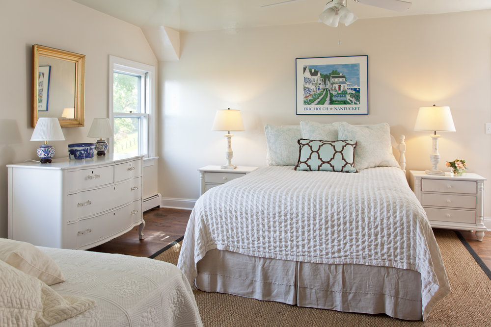 Bedroom Three - ◼︎ On the second floor◼︎ En suite bath (shared w/ BR5)◼︎ Queen bed◼︎ Twin bed