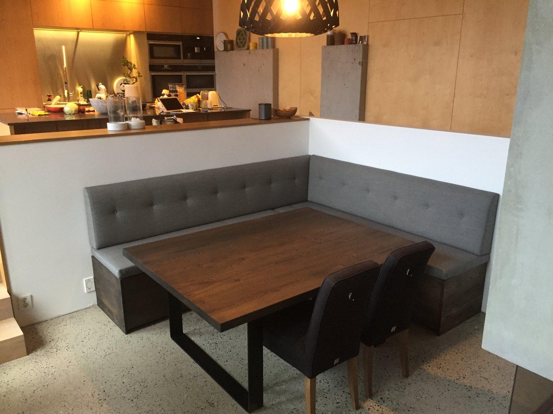 Oppsiktsvekkende Spesial tilpassa kjøkken sofa og spisebord — Timbla – makelause JR-79
