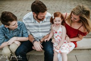 TheRyanFamily_Watermarked-4-300x200.jpg