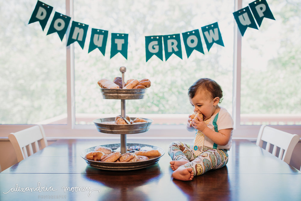 OliverFirstBirthday_Watermarked-1.jpg