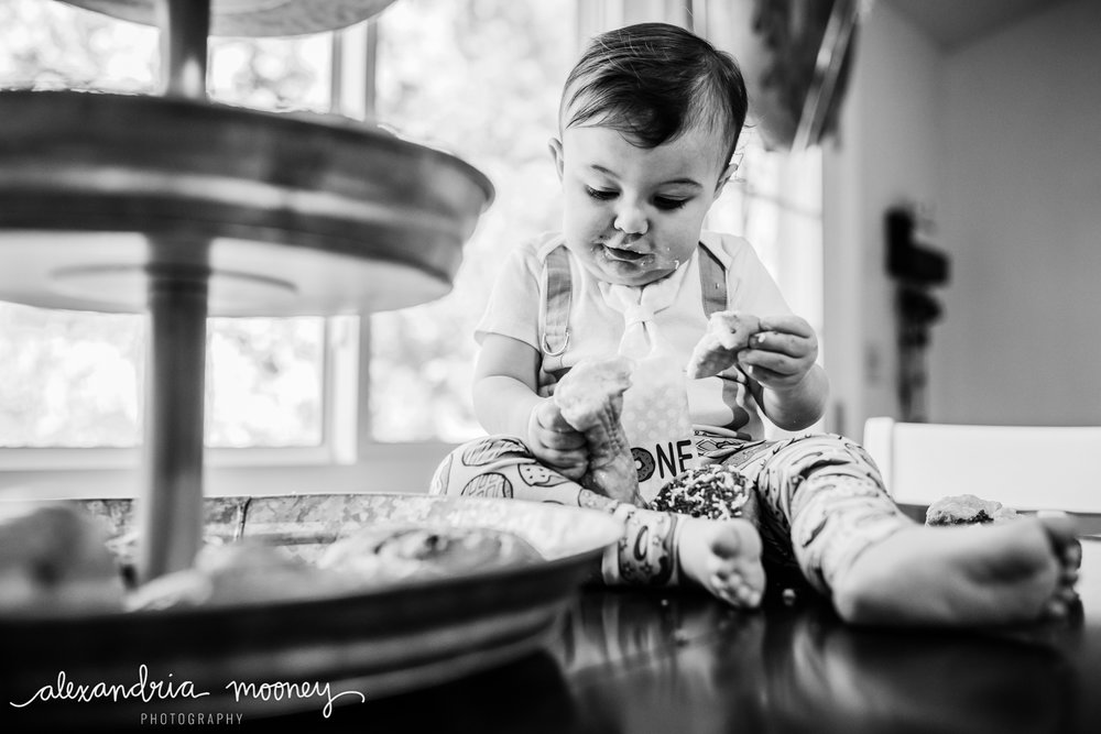 OliverFirstBirthday_Watermarked-18.jpg