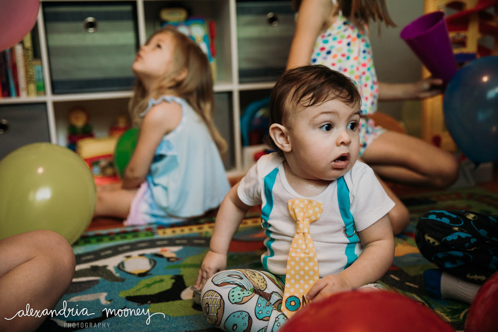OliverFirstBirthday_Watermarked-29.jpg