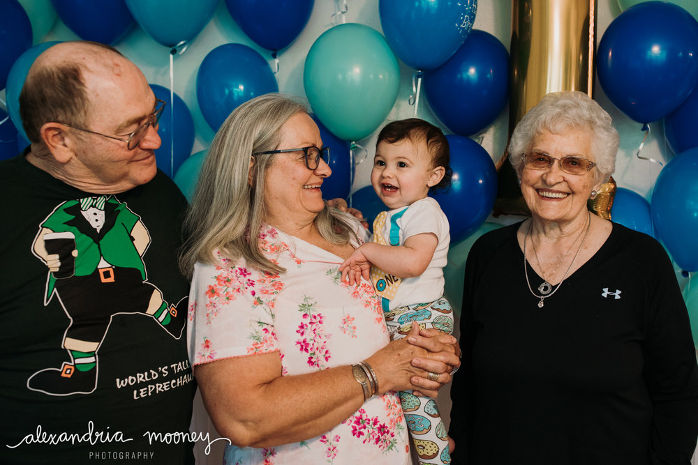 OliverFirstBirthday_Watermarked-34.jpg