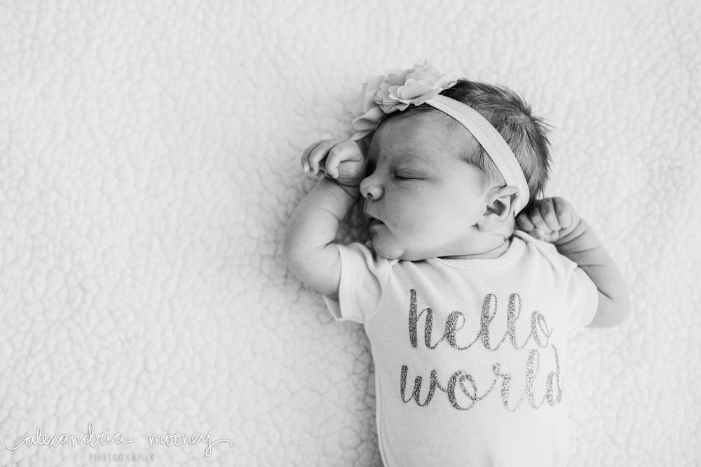 Hannah-Newborn_Watermarked-17.jpg