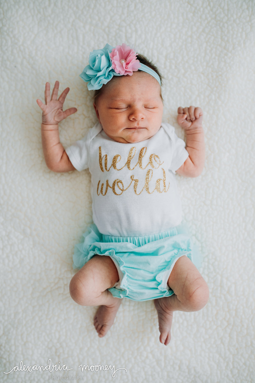 Hannah-Newborn_Watermarked-28.jpg