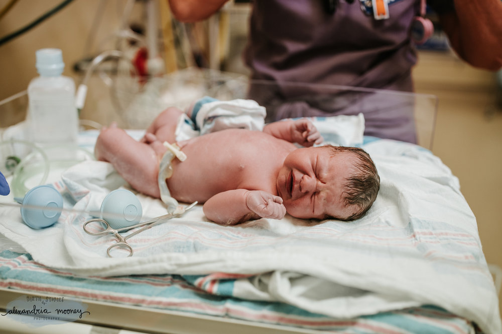 Jett_BirthStory_WATERMARKED-16.jpg