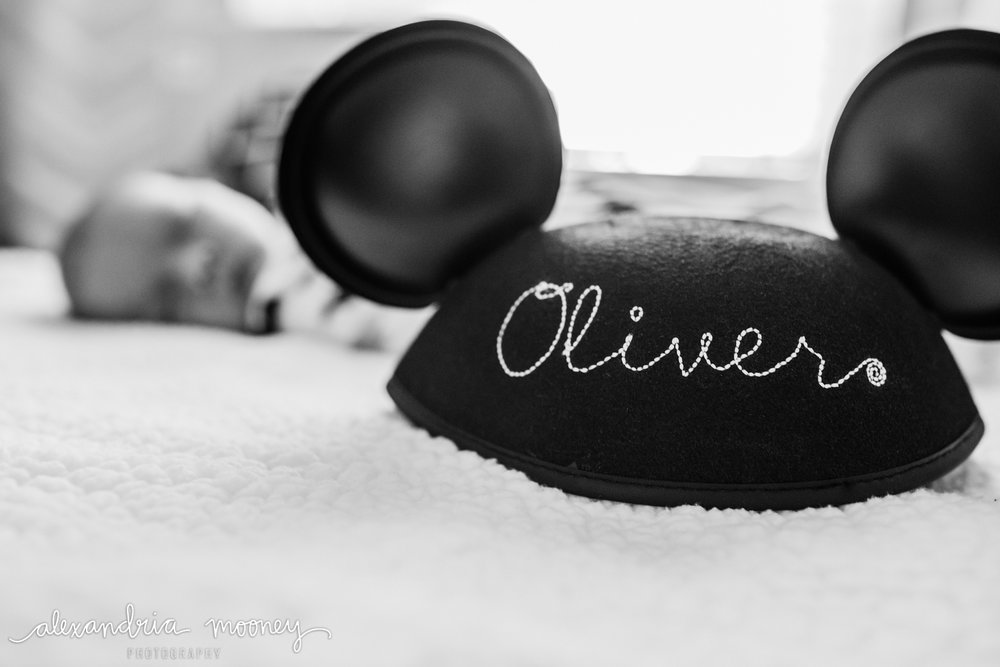 Oliver_newborn_WATERMARKED-20.jpg