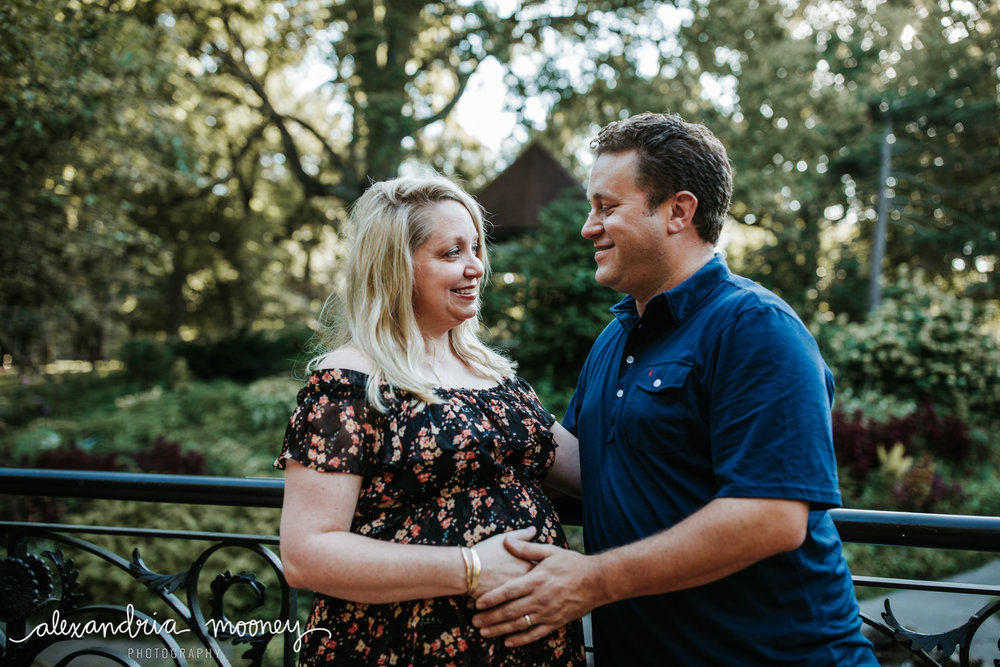 Beth_Jeff_Maternity_WATERMARKED-21.jpg