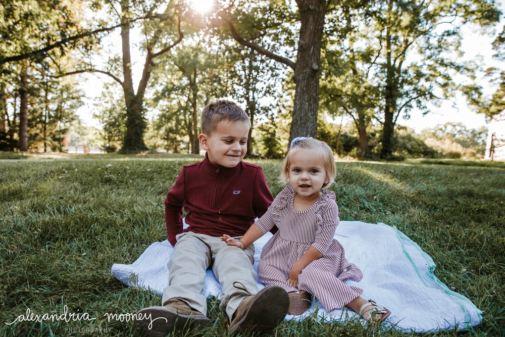 Carter_and_Evelyn_WATERMARKED-9.jpg