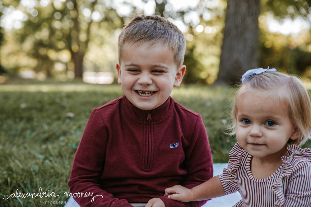 Carter_and_Evelyn_WATERMARKED-18.jpg