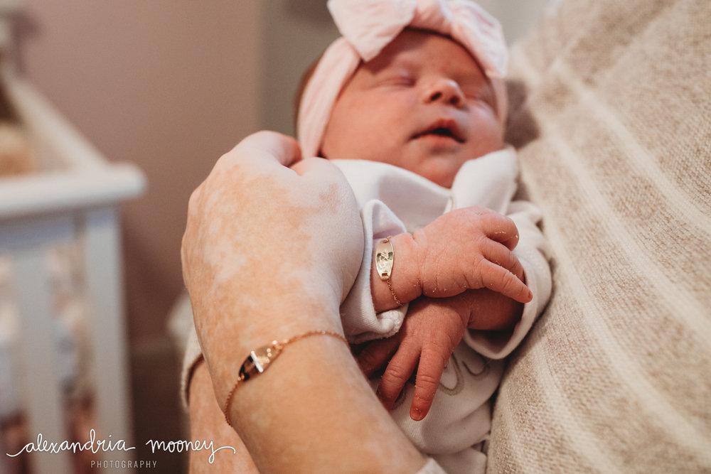 Eleanor_Newborn_WATERMARKED-22.jpg