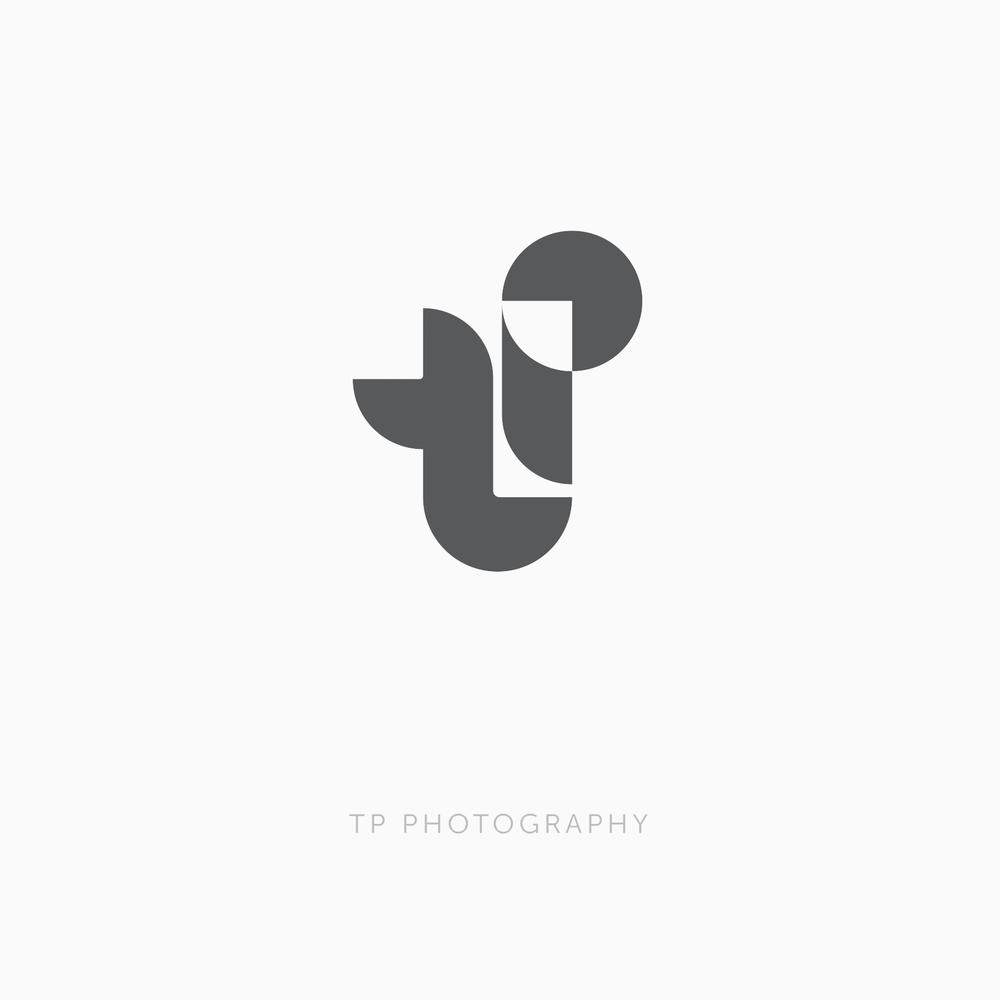 Logo_1976_TP_copy.png
