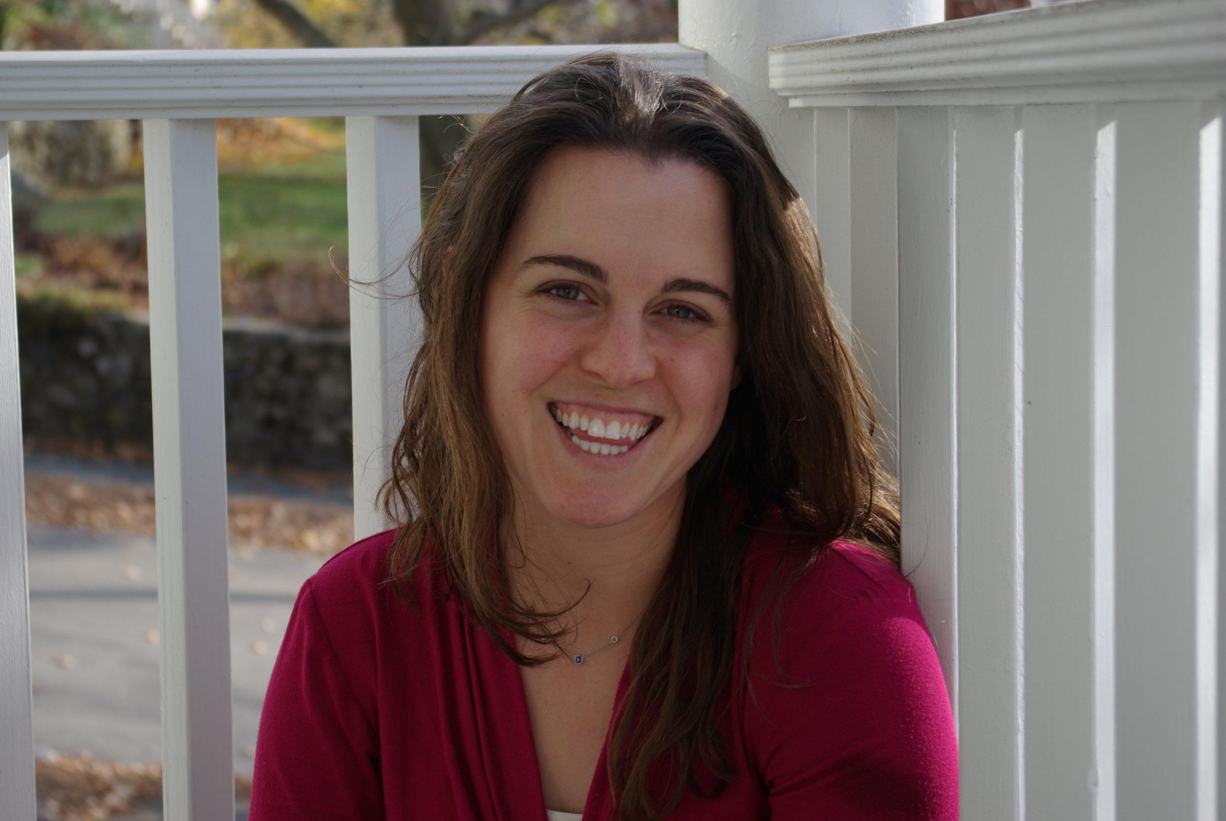 Rebecca Altman headshot