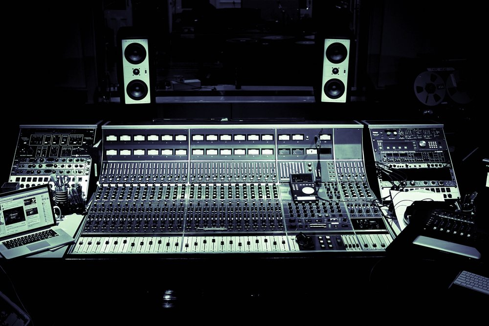 Vintage Neve 8068 MK II Console