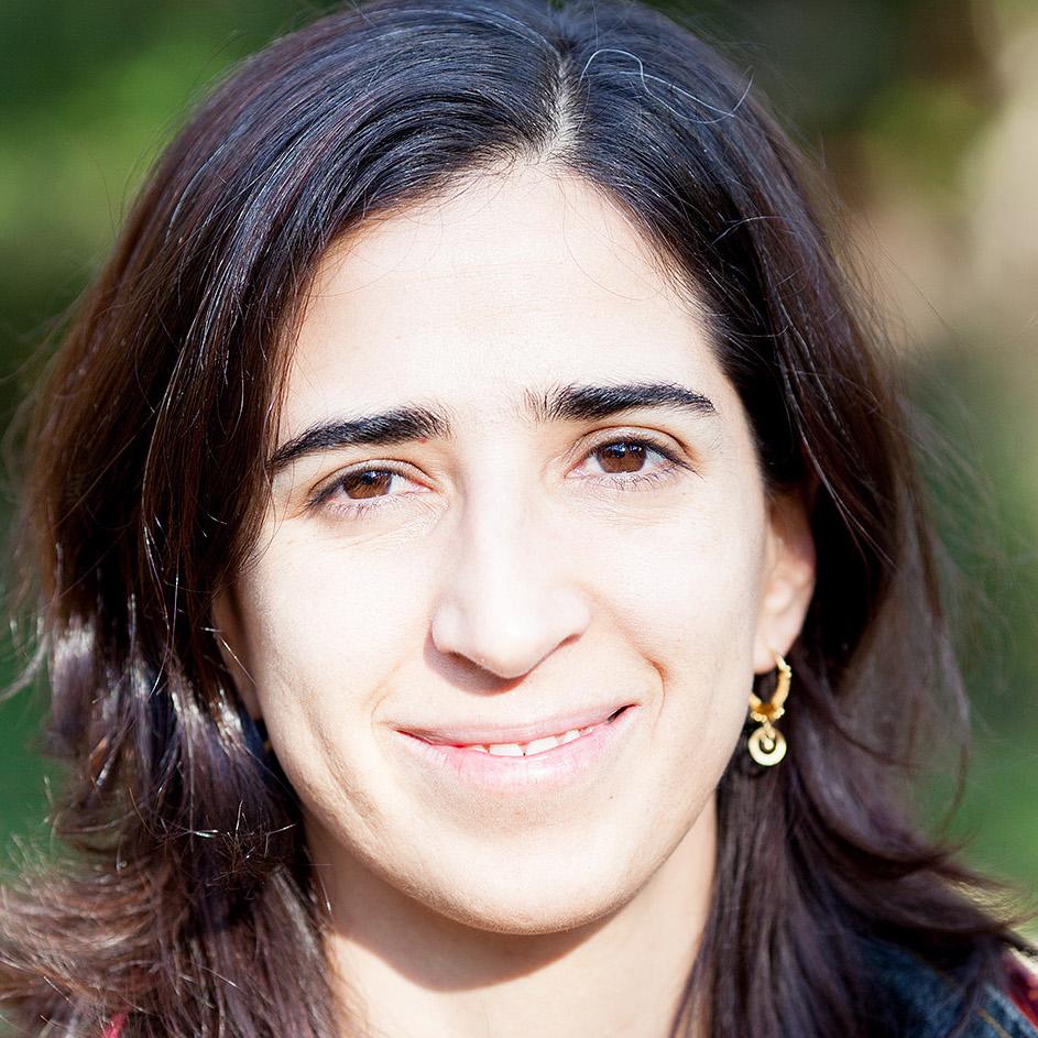 Daniela Labra Cardero   General Director  AtentaMente