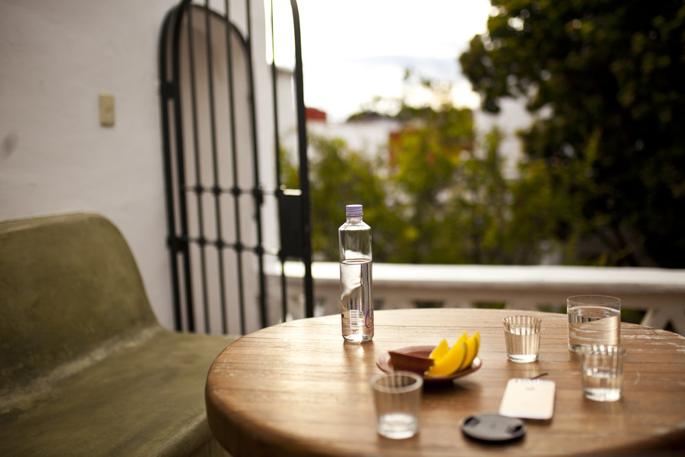 balcony table.jpg