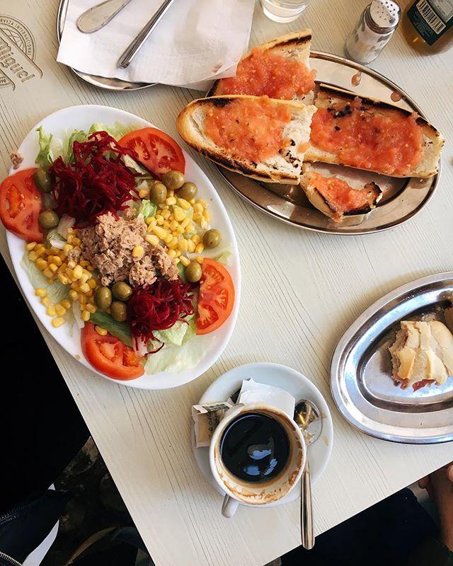 Deliciosa. #pancontomate #sibonita #sipicassa #sharkirashakira