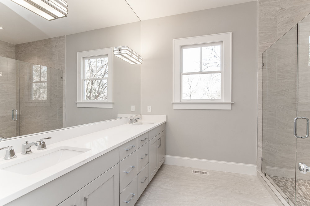 Master Bathroom1.jpg