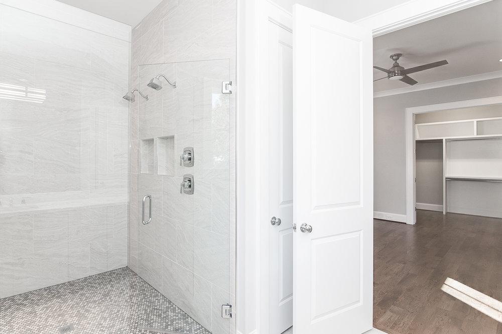 Master Bathroom3.jpg