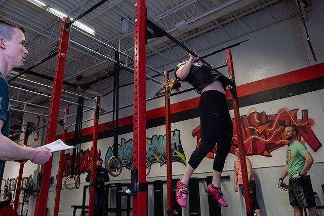 Wednesday is almost over...time to *fly* through the rest of the week! #crossfit #19point5 #intheopen #chesttobar #crossfitfullpotential #cffp #newburyport #nbpt #northshorema #fuji_xseries #godox