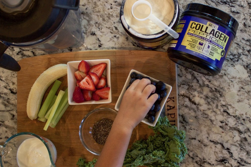 collagen with smoothie ingredients.JPG