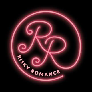 Risky_Romance_svart_bakgrund.png
