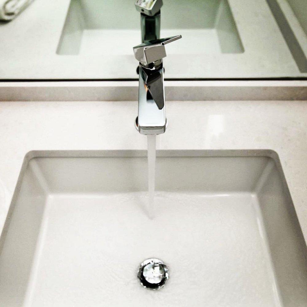 faucet top view.jpg